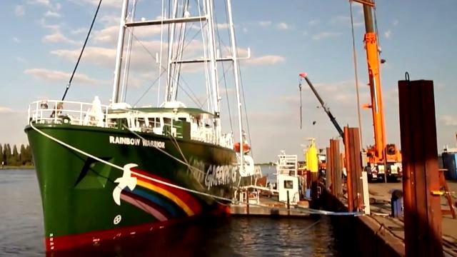 """Vorschaubild zu Greenpeace und die """"Rainbow Warrior III"""" – Der Neubau einer Legende"""